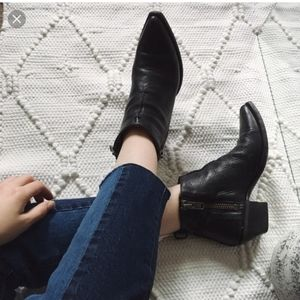 Frye sacha moto shortie ankle boots black leather